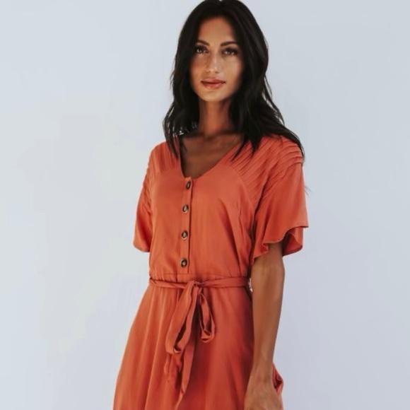Dresses & Skirts - Pleat Detail Maxi